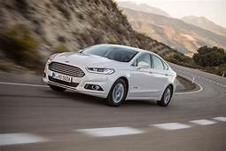 Ford Mondeo Hybrid 2014 Review  Auto Express
