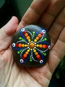 steine bemalen mit acrylfarbe pin by reingard stamler on basteln rock painting ideas