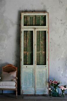 relooker armoire ancienne techniques et id 233 es originales