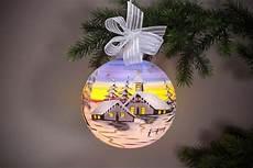 beleuchtete weihnachtskugeln fürs fenster beleuchtete fensterkugel 15cm hellblau su onlineshop f 252 r