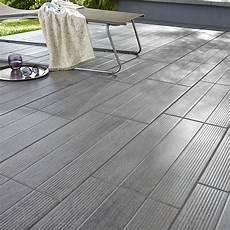carrelage gris exterieur carrelage terrasse gris 31 x 61 8 cm vieste castorama