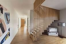 cage escalier en lame de bois cage escalier amenagement