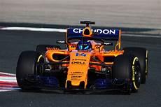 Mclaren F1 2018 - mclaren s renault powered 2018 f1 car revealed