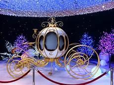 cenerentola carrozza la carrozza di cenerentola foto di galeries lafayette