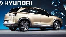hyundai zeigt neues wasserstoff elektroauto bilder