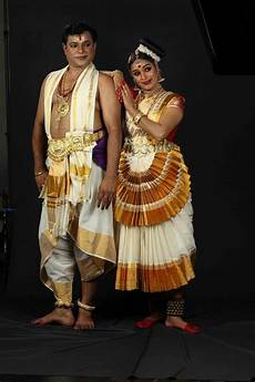 traditional costumes of kerala for the traditional costume of the dancer was influenced by