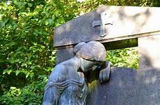 trauer verarbeiten tipps trauerbew 228 ltigung tipps phasen des verlustes verarbeiten