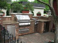 Outdoor Kitchen Brick