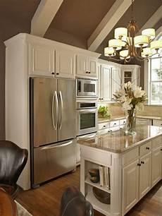 meuble cuisine évier la cuisine 233 quip 233 e avec 238 lot central 66 id 233 es en photos
