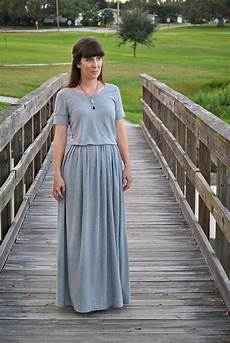 Weily Maxi maxi dress from a sized jersey sheet tutorial