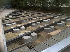 terrasse bois sur plot beton terrasse bois sur pilotis beton