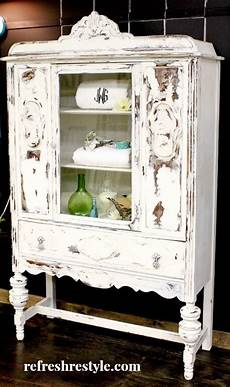 Schrank Shabby Streichen - at rivercrest cottage what to do with a cabinet color