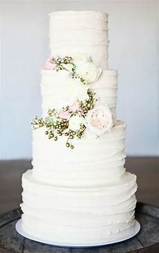 2014 wedding cake trends 3 buttercream bridal musings