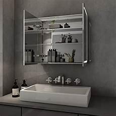 spiegelschrank mit steckdose elegant bad spiegelschrank mit beleuchtung led licht