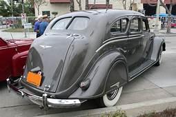 Hollywood Bobs Movie Cars  1936 Chrysler Airflow