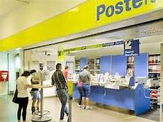 poste ufficio sounds and noises inside the post office