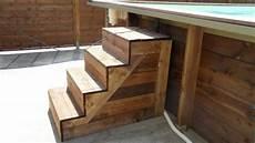 escalier bois piscine hors sol galerie photos montage piscine rectangulaire monter
