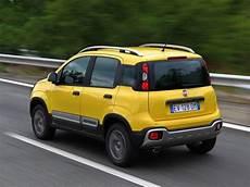 Der Neue Fiat Panda Cross Auto Motor At
