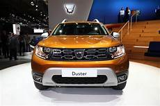 duster confort 2018 new 2018 dacia duster revealed pictures specs details