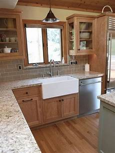 Paint Ideas For Oak Cabinets by 35 Beautiful Kitchen Paint Colors Ideas With Oak Cabinet