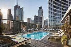 top 10 hotels with a rooftop pool in chicago illinois