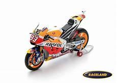 honda rc213v repsol honda motogp 2017 marc m 225 rquez