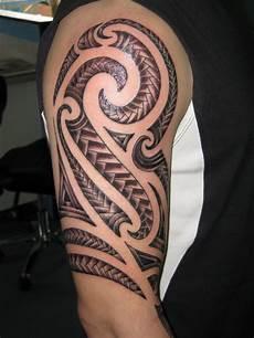 Oberarm Tribal - 30 best tribal designs for mens arm tribal