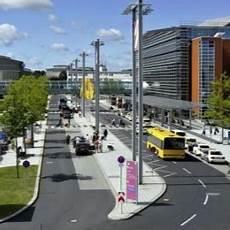 Parken Flughafen Dresden Ab 1 99 Am Tag Parkplatz