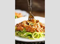 cream pasta sauce with zucchini_image