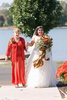 Lake Wedding Real Weddings From The Budget Savvy