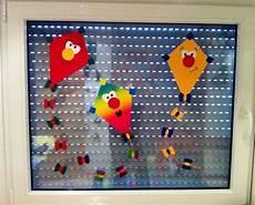 Herbst Basteln Kinder Fenster - herbst fensterbild winddrachen kinderzimmer selfmadeart