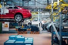 Daimler Zahlt Bis Zu 5 700 Ergebnisbeteiligung An
