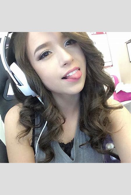 Best Pokimane without makeup for you   Wink and a Smile