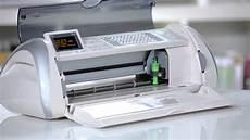 cricut expression vinyl cutting machine