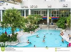 swimmingpool in titus thermen in frankfurt am