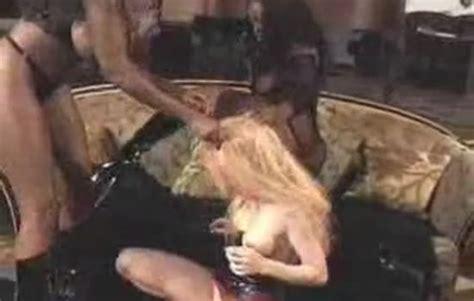 Kissing Cock