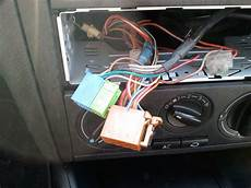 2011 04 03 14 22 03 kenwood radio display bleibt tod