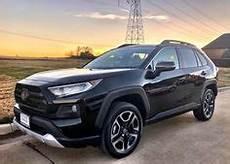 2019 Toyota Rav4 Overland Black Rhino Boxer 17x8 5x114 3