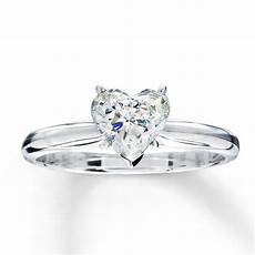 wedding rings which diamond shape looks everafterguide