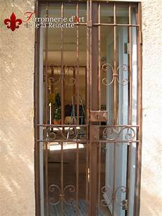 grilles protection fenetres fer forgé cuisine grilles fer forge pour portes recherche