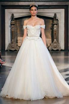 The Gown Trends From The 2015 Bridal Runway Shows