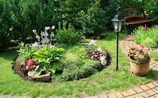 Einen Steingarten Gestalten So Gelingt Das Neue Highlight