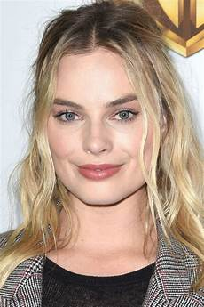 10 best middle part hairstyles 10 ways to wear a center