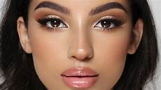 Everyday Glow Makeup Hindash