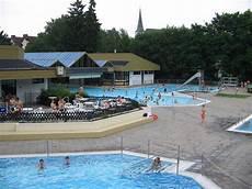 Schwimmbad Bad Camberg - freizeit und erholungsbad bad camberg taunus info
