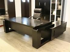 inneneinrichtung bueromoebel design schwarz b 252 rom 246 bel bueroausstattung b 252 ro chef schreibtisch kehl