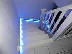 deco led eclairage eclairage d escaliers avec bandes led