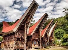 Rumah Adat Suku Toraja Di Sulawesi Selatan Disebut