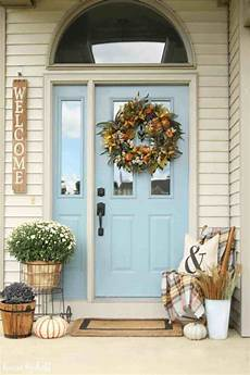 Decorations For A Front Porch by 17 Impressive Front Porch Decorating Ideas Futurist