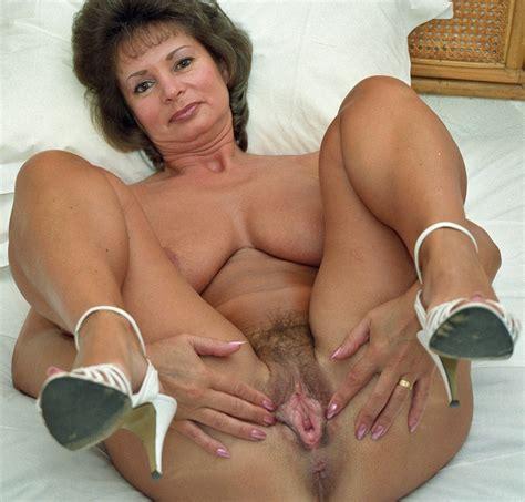 Golden Granny Porn